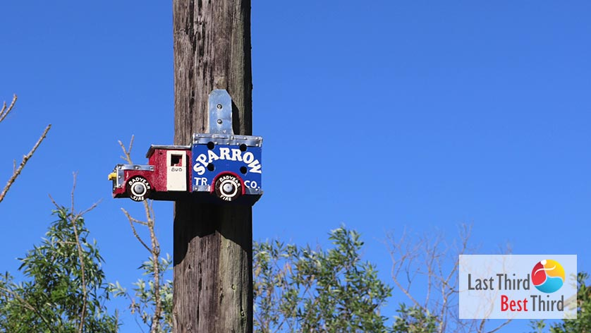 Birdhouses-of-Ridgefield-WA-Sparrow-Truck