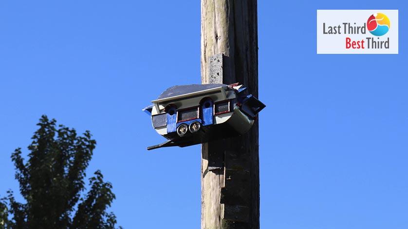 Birdhouses-of-Ridgefield-WA-Trailer-Birdhouse